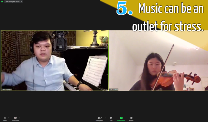 Violin student and her teacher online