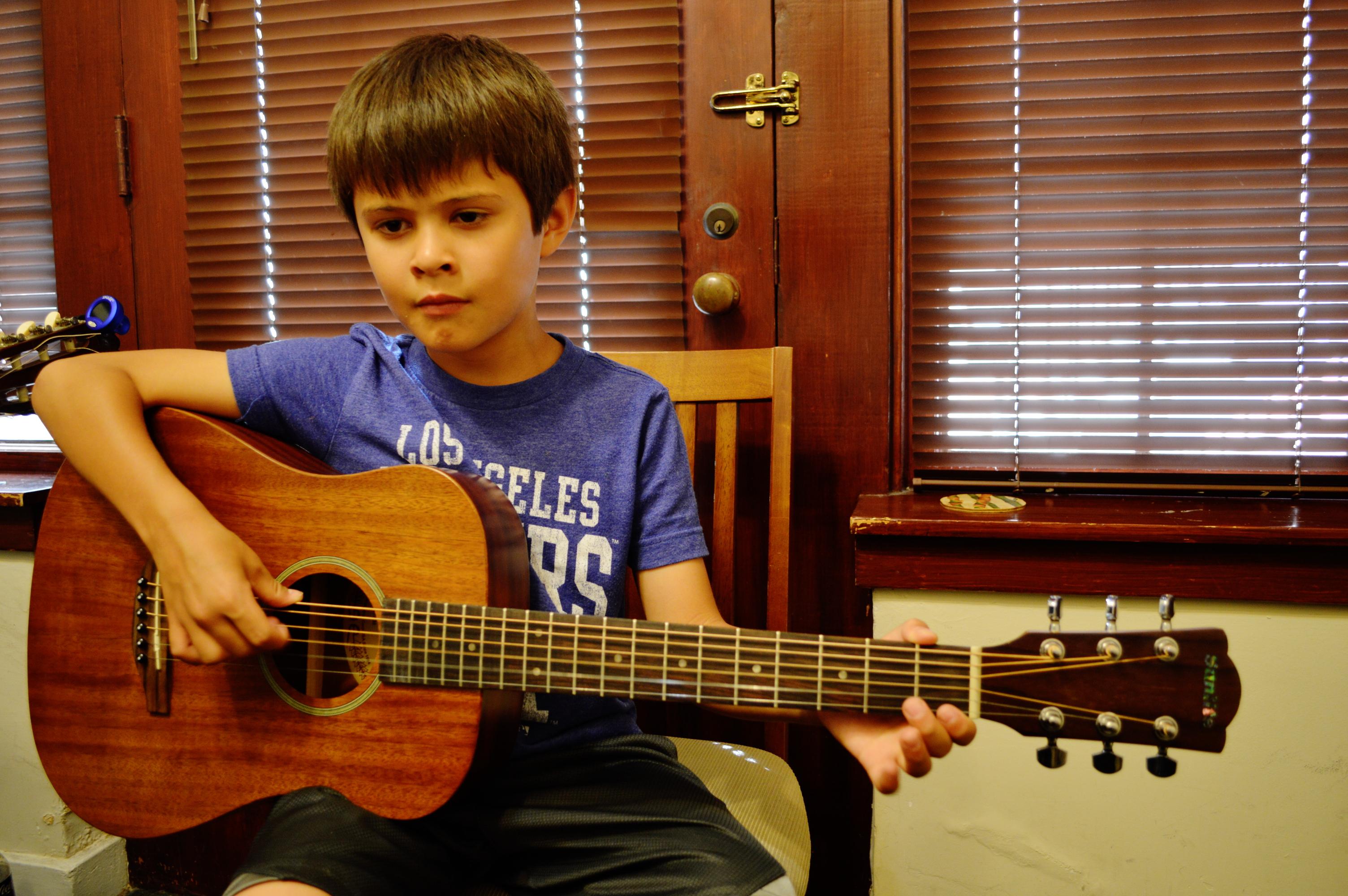 Guitar Stuent